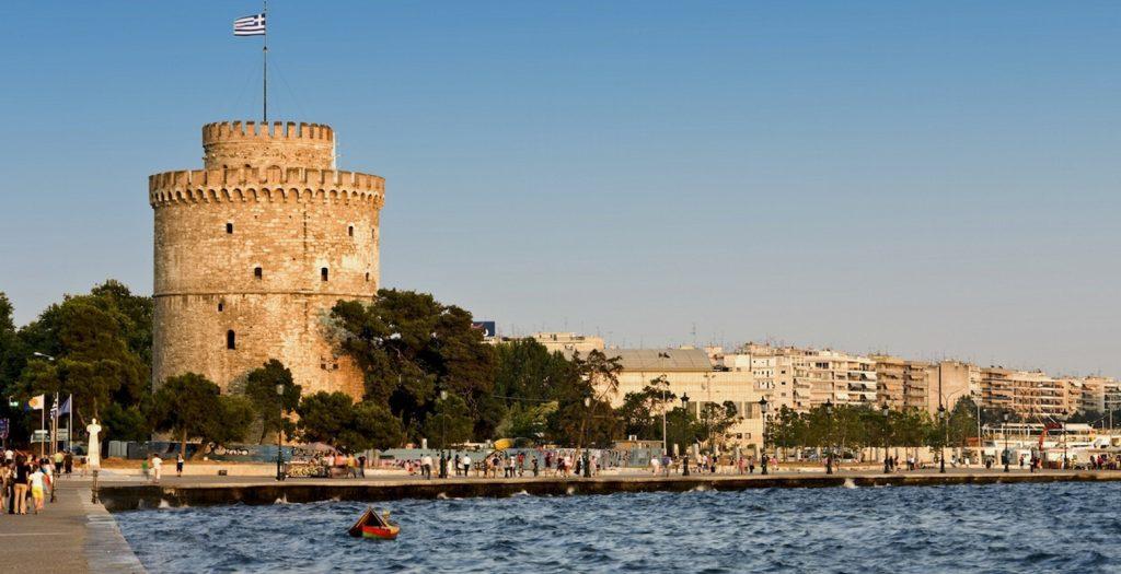 Θεσσαλονίκη: Αναρχικοί ανέλαβαν την ευθύνη για την επίθεση σε γραφείο ενημέρωσης οφειλετών | Pagenews.gr