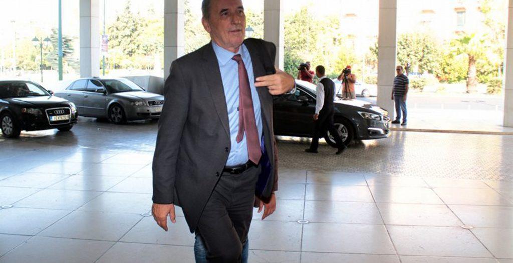 Νίπτει τας χείρας του ο Σταθάκης για το «ναυάγιο» στην πώληση του ΔΕΣΦΑ | Pagenews.gr