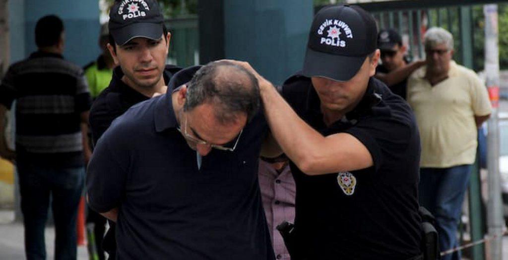 Δεν εκδίδονται στην Τουρκία 3 από τους 8 πραξικοπηματίες | Pagenews.gr