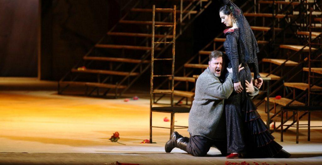 Όπερα για βρέφη στη Met που θέλει να ανανεώσει το κοινό της | Pagenews.gr
