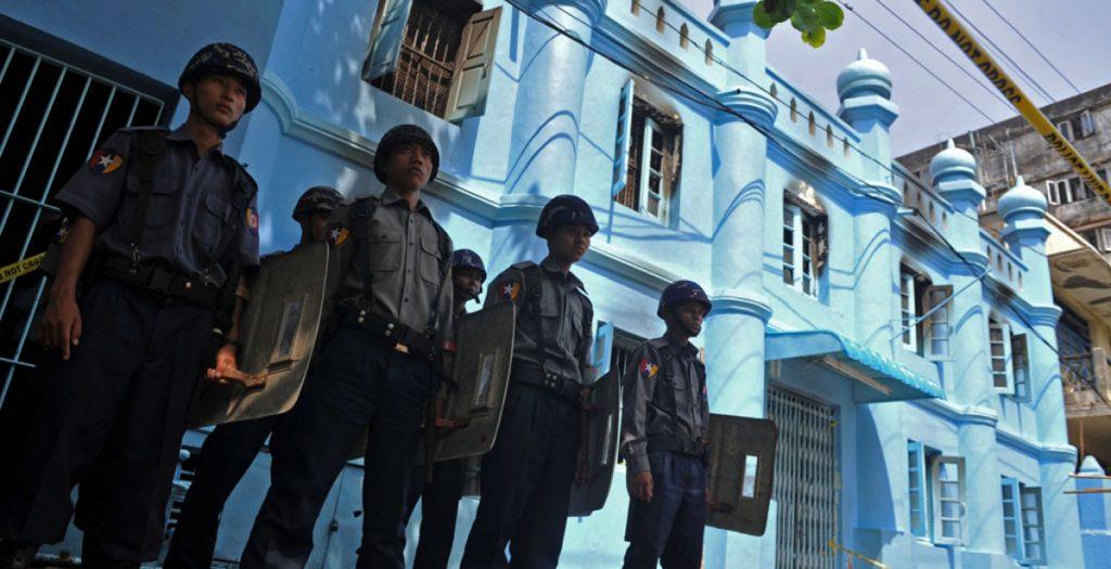 Μιανμάρ: Περισσότεροι από 90 οι νεκροί στις συγκρούσεις ανταρτών-αστυνομικών | Pagenews.gr