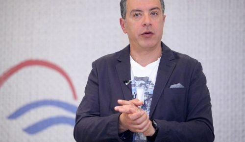 Με tweet ο Θεοδωράκης διαψεύδει ότι θα στηρίξει την κυβέρνηση | Pagenews.gr