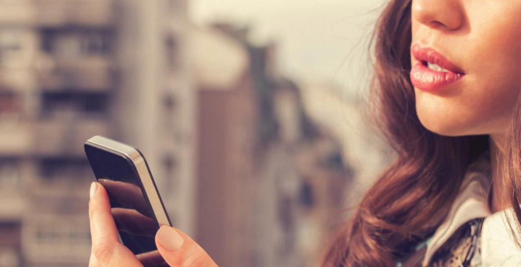 Έφυγε και νομίζεις δεν θα ξαναμιλήσετε; Αυτοί είναι οι 4 λόγοι που θα σε καλέσει σίγουρα | Pagenews.gr