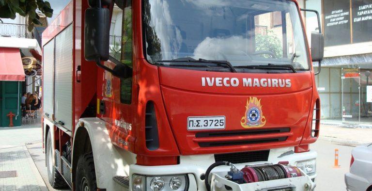 Φωτιά τώρα: Πυρκαγιά στη Γλυφάδα | Pagenews.gr