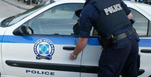 Άγιος Παντελεήμονας: Άντρας μαχαίρωσε και έριξε οξύ σε αστυνομικούς | Pagenews.gr