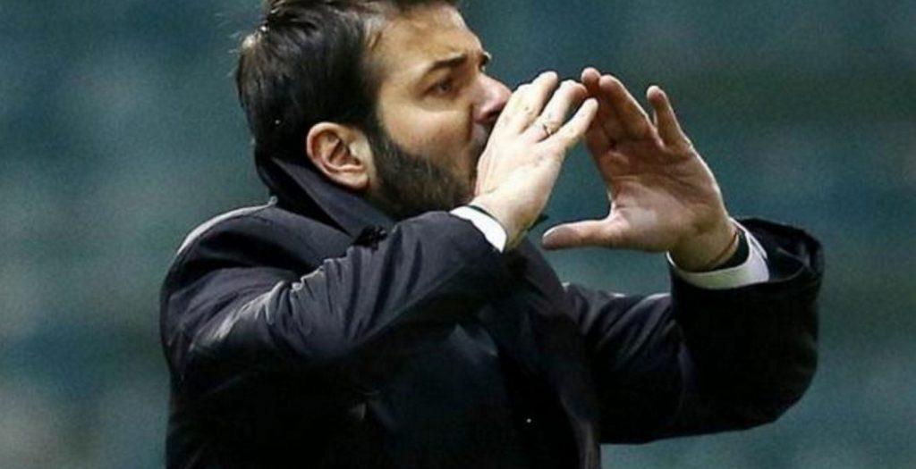 Έξαλλος ο Στραματσόνι: «Τι κάνετε; Δεν είναι εικόνα αυτή» | Pagenews.gr