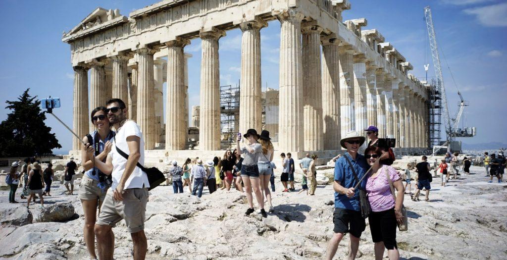 Suddeutsche Zeitung: Η Ελλάδα βιώνει ένα «μπουμ» τουριστών | Pagenews.gr