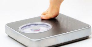 To λάθος που κάνουμε με τη ζυγαριά και δεν φαίνονται τα πραγματικά κιλά | Pagenews.gr