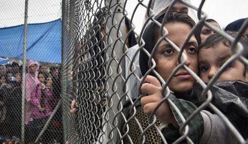 Προσφυγικό: Ασφυκτιούν οι δομές των Ενόπλων Δυνάμεων | Pagenews.gr