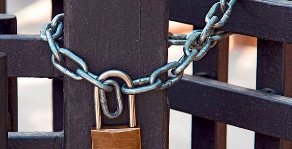 «Σφράγισαν» ταβέρνα στα Χανιά γιατί δεν έκοβε αποδείξεις | Pagenews.gr
