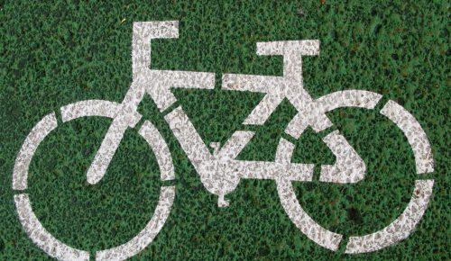 Το έξυπνο μπουφάν που πρέπει να έχουν όλοι οι ποδηλάτες | Pagenews.gr