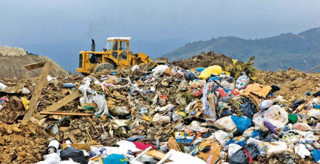 Πόσα πληρώνει η Ελλάδα σε πρόστιμα για τις χωματερές | Pagenews.gr