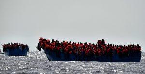 Ο Μαρκ Γκασόλ σε αποστολή διάσωσης μεταναστών και προσφύγων στη Μεσόγειο Θάλασσα (pic) | Pagenews.gr