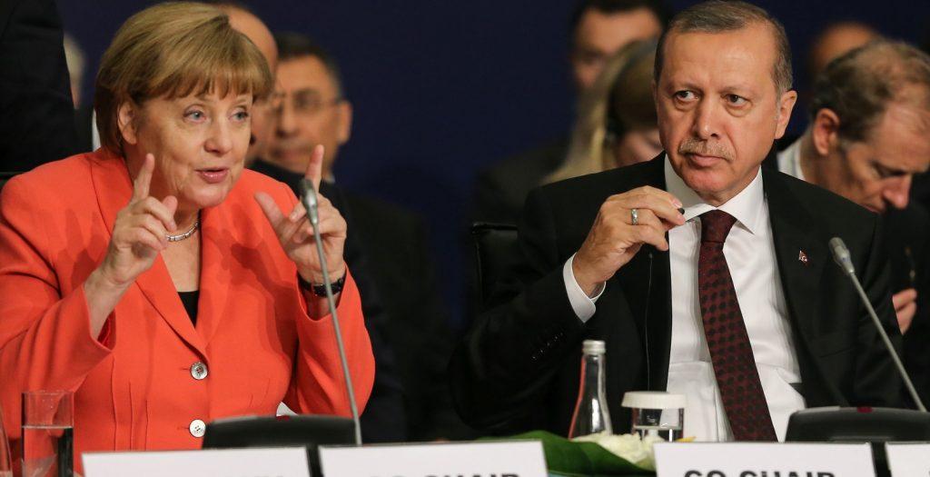 Τα είπαν για προσφυγικό, Κυπριακό Μέρκελ και Ερντογάν | Pagenews.gr
