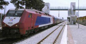 Λιανοκλάδι: Απίστευτη ταλαιπωρία για 600 επιβάτες τρένου λόγω εκτροχιασμού εμπορικής αμαξοστοιχίας | Pagenews.gr