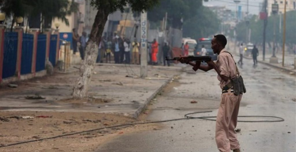 Τέσσερις νεκροί από επίθεση καμικάζι στη Σομαλία | Pagenews.gr