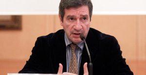 Ο Καμίνης ανακοίνωσε την υποψηφιότητά του για την ηγεσία της Δημοκρατικής Συμπαράταξης   Pagenews.gr