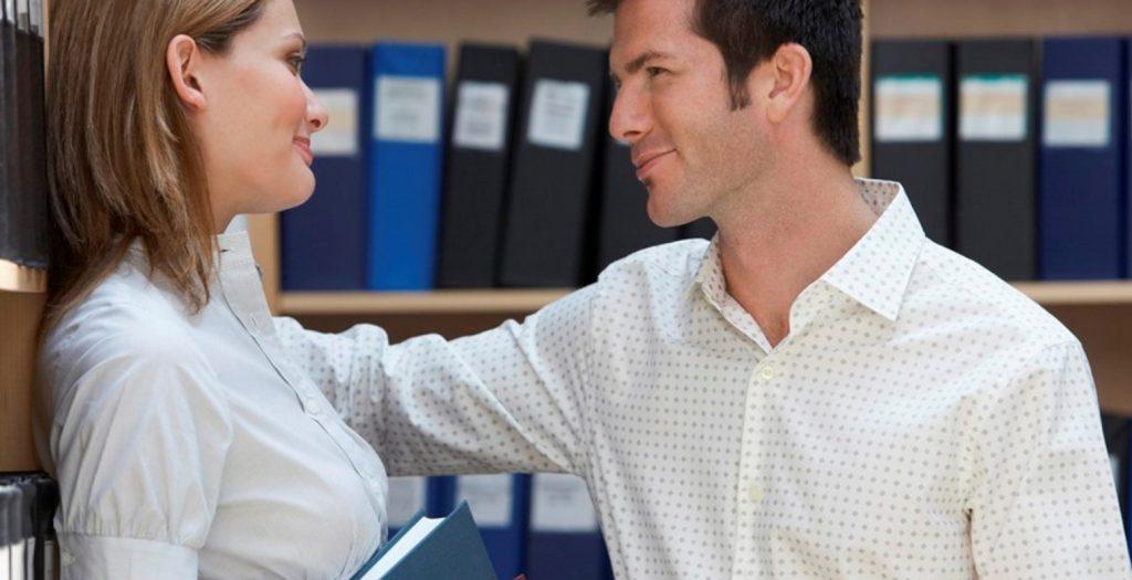 Πώς να κάνεις κάποιον να του αρέσεις στη δουλειά | Pagenews.gr