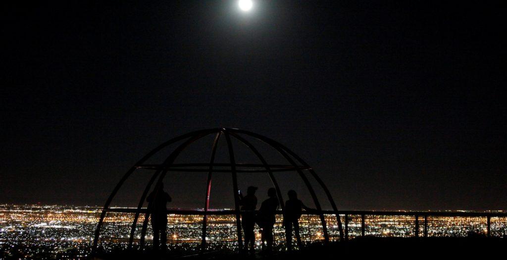 Σελήνη στον Ζυγό και επανασύνδεση   Pagenews.gr