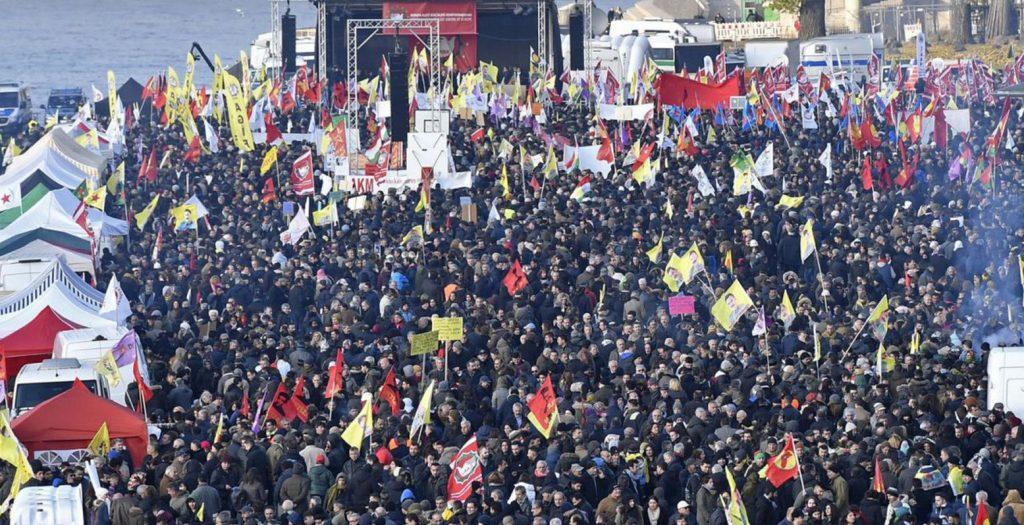 Γερμανία: Μαζικές απεργιακές κινητοποιήσεις εργαζομένων | Pagenews.gr