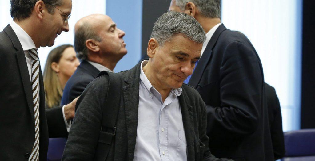 Σφίγγει ασφυκτικά το ζωνάρι ο Σόιμπλε: Ζητεί πλεονάσματα 3,5% για 10 χρόνια | Pagenews.gr