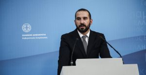 Τζανακόπουλος για Κοτζιά: Όποιος δυσφορεί, να κατέβει από το τρένο της κυβέρνησης | Pagenews.gr