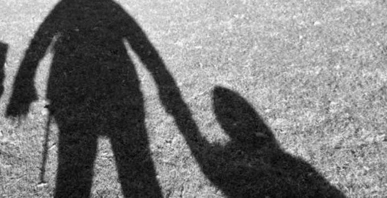 Αποτέλεσμα εικόνας για προσπάθησε να αρπάξει την ανήλικη κόρη της