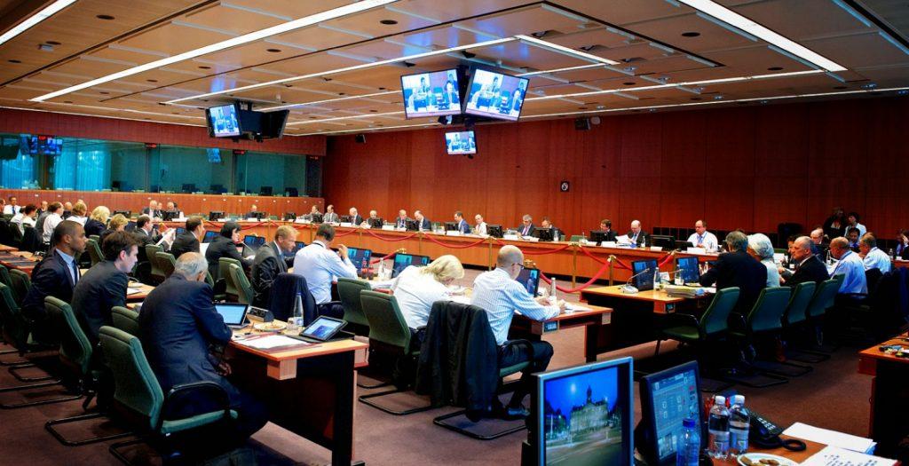 FT για Eurogroup : Η ευρωζώνη κατέληξε σε μια «ιστορική» συμφωνία για το χρέος της Ελλάδας | Pagenews.gr