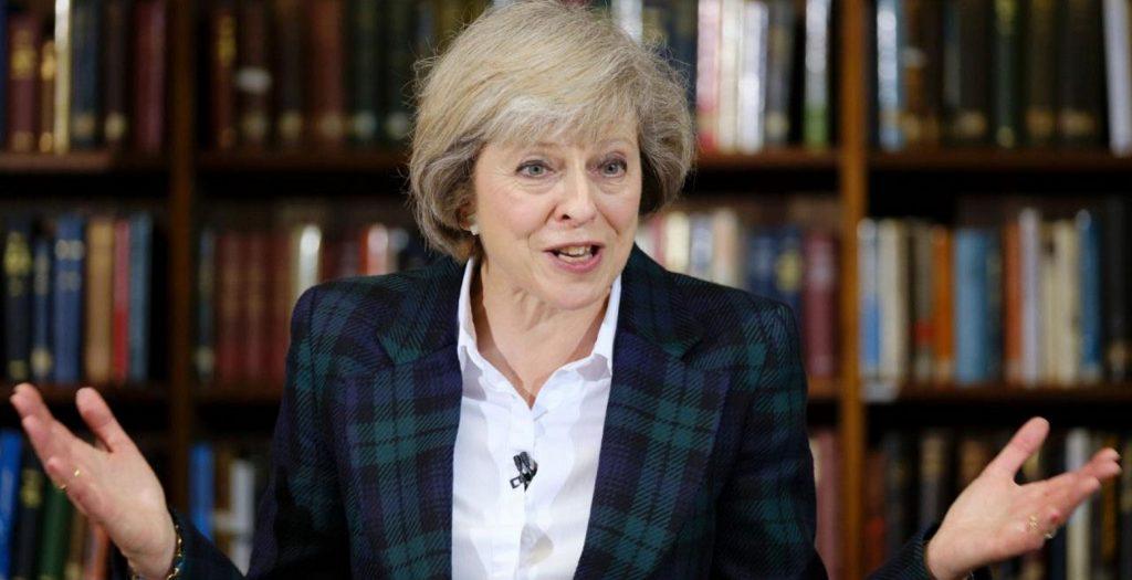 Βρετανία: Η Τερέσα Μέι «αδειάζει» τον Τζόνσον για τη Σ. Αραβία   Pagenews.gr