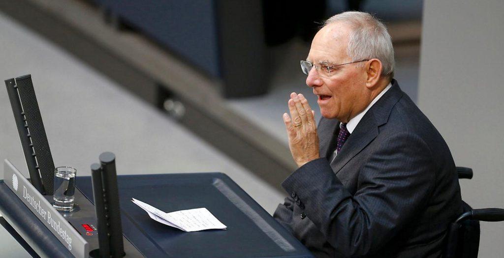 Σόιμπλε: Θα ψήφιζα Μακρόν λόγω της γοητείας του   Pagenews.gr