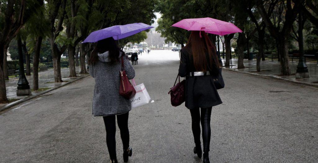 Καιρός: Βροχές αλλά και μεταφορά σκόνης σήμερα | Pagenews.gr