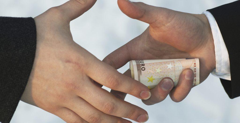 Γερμανία: Καλπάζει η διαφθορά στο Δημόσιο | Pagenews.gr