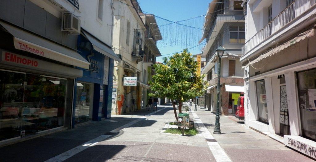 Μαύρη μαυρίλα, πλάκωσε… στην αγορά της Καβάλας | Pagenews.gr