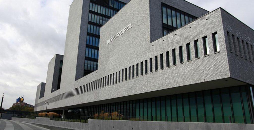 Europol: Πιθανό ένα χτύπημα του ISIS στην Ευρώπη | Pagenews.gr
