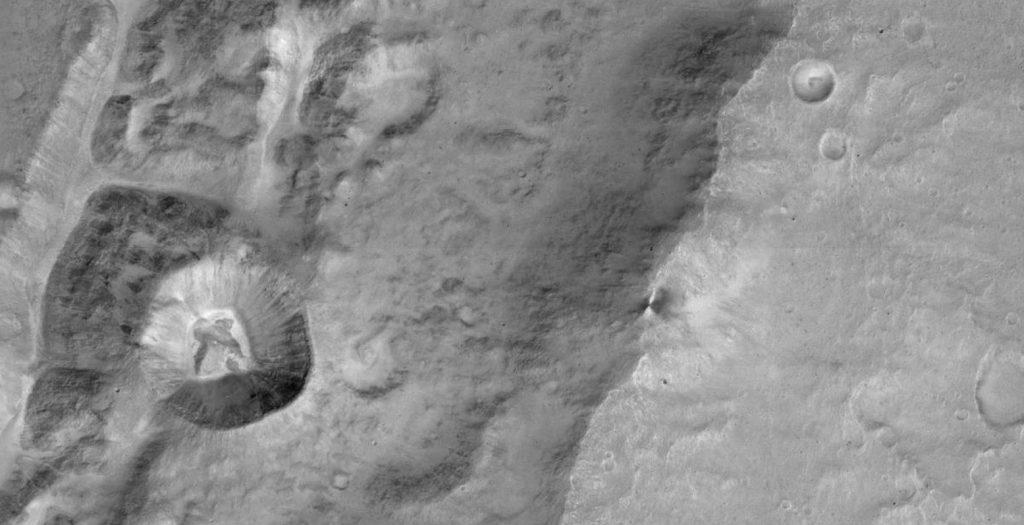 Οι πρώτες φωτογραφίες του Άρη! (video) | Pagenews.gr