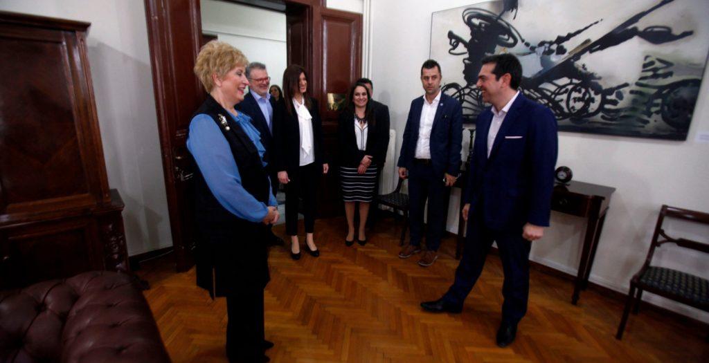 Ο ΣΥΡΙΖΑ καταγγέλλει «ρεσιτάλ σεξισμού» για την Νοτοπούλου | Pagenews.gr