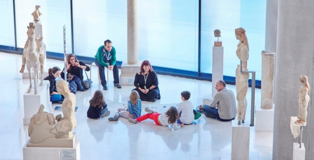 Το μουσείο της Ακρόπολης σε Χριστουγεννιάτικη διάθεση… | Pagenews.gr