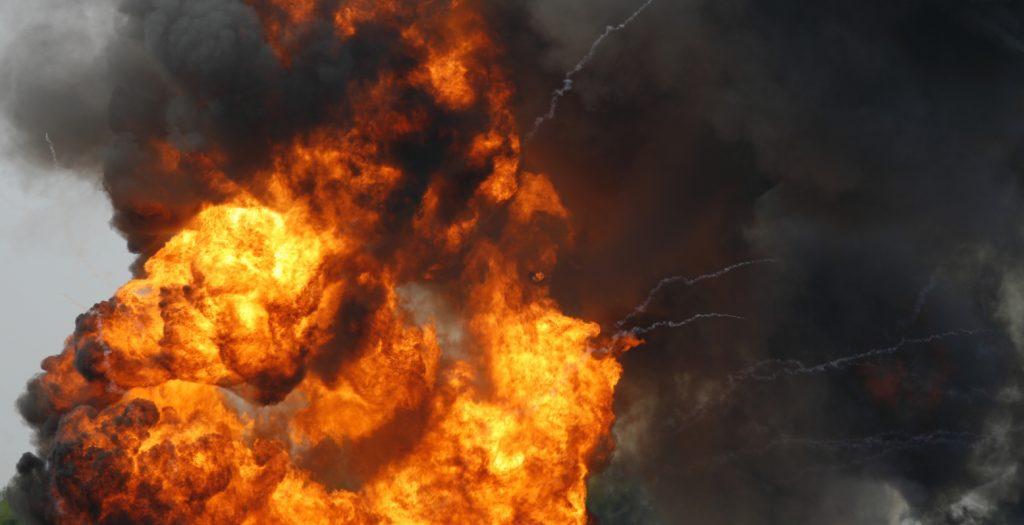 Νιγηρία: Τουλάχιστον 14 νεκροί και 8 τραυματίες από έκρηξη βυτιοφόρου | Pagenews.gr