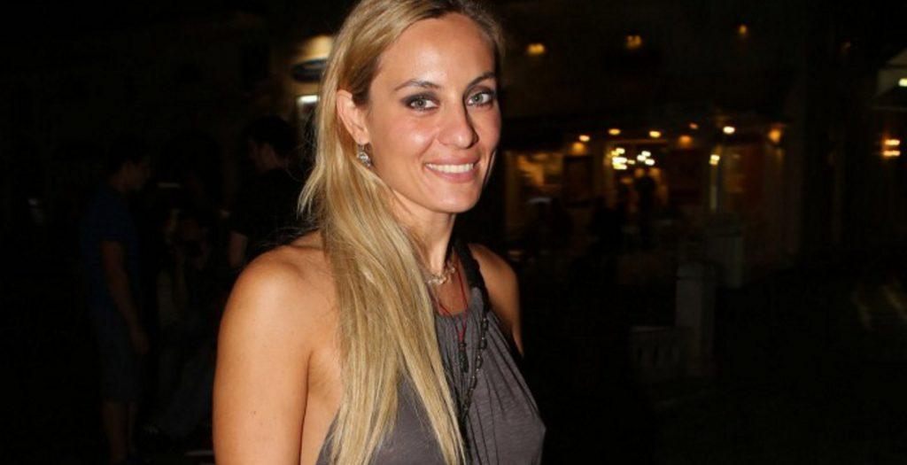 Η Ελεονώρα Μελέτη στην μπανιέρα της μ'έναν απρόσμενο επισκέπτη (φωτο) | Pagenews.gr