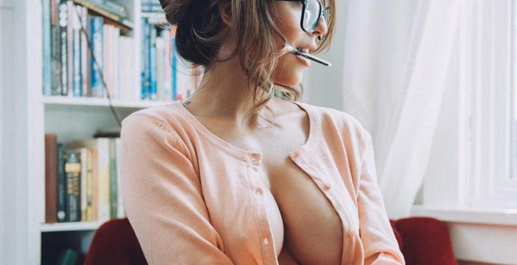 Προσοχή: αυτή η γυναίκα προκαλεί εθισμό! | Pagenews.gr