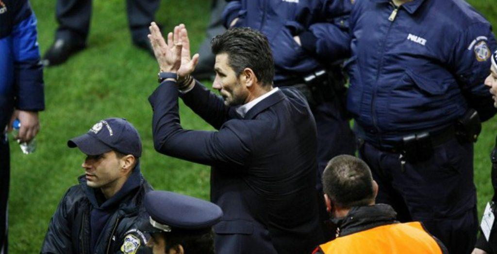 Ουζουνίδης: «Μεγάλη νίκη με ένα ηλίθιο παιχνίδι»!   Pagenews.gr