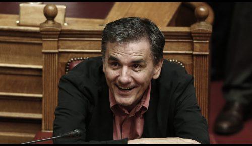 Πολυνομοσχέδιο: Η επική απάντηση Τσακαλώτου με τη Τζούλια Ρόμπερτς | Pagenews.gr