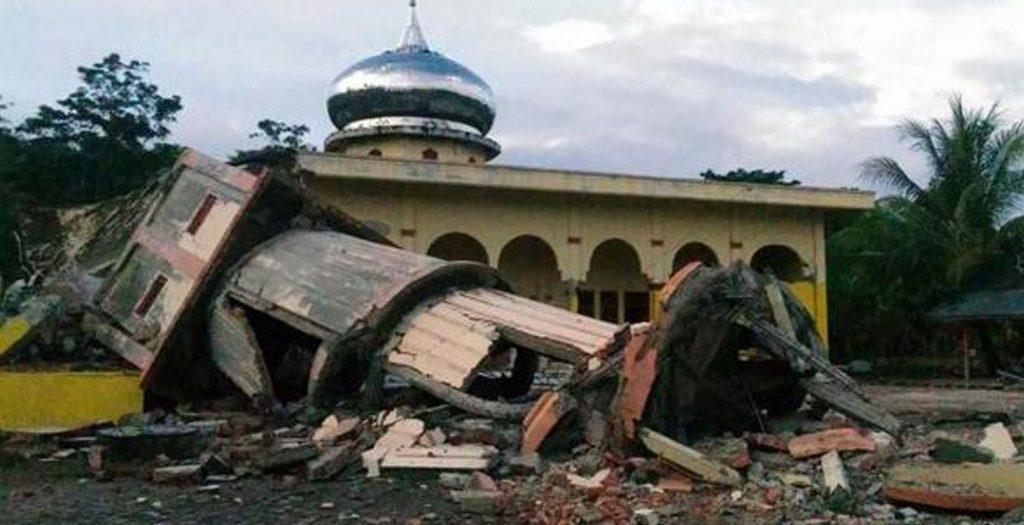 Δραματική αύξηση των θυμάτων από το σεισμό στην Ινδονησία | Pagenews.gr