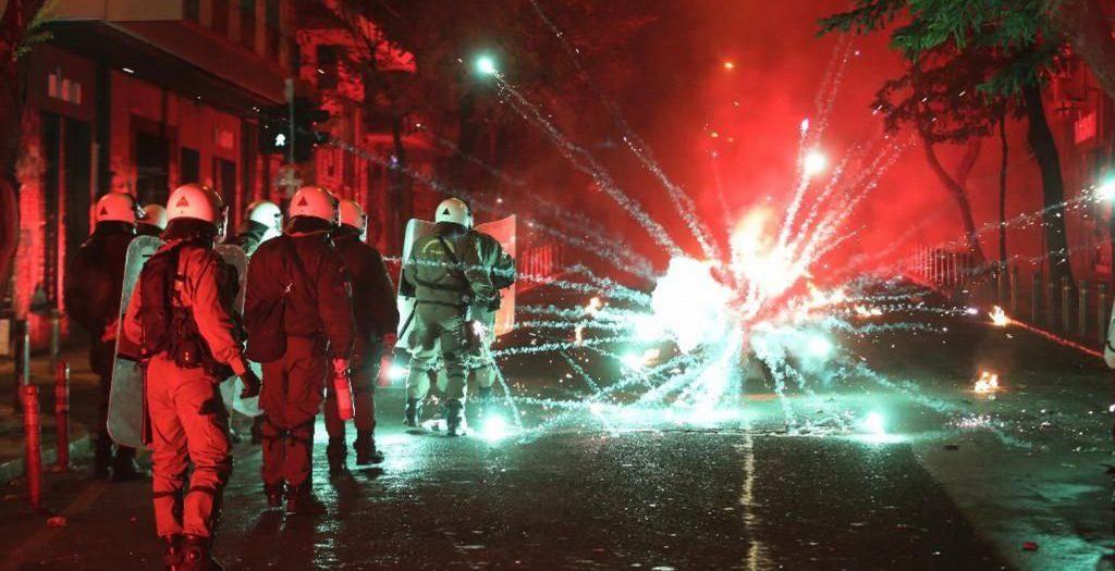 Στις 25 οι συλλήψεις για τα επεισόδια στην επέτειο της δολοφονίας Γρηγορόπουλου | Pagenews.gr