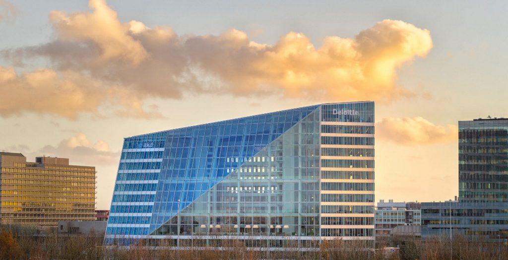 Edge: Το πιο έξυπνο κτίριο στον κόσμο (photos) | Pagenews.gr