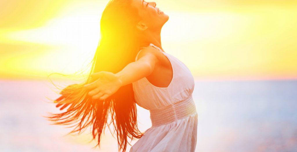 Η γυναικεία αισιοδοξία συμβάλλει στη μακροζωία! | Pagenews.gr