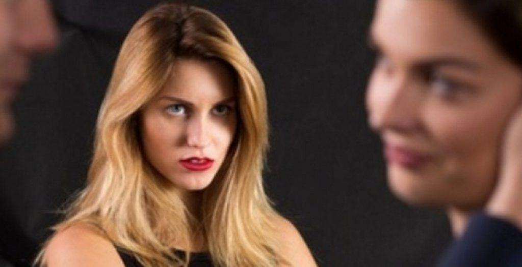 Έρευνα: Οι πιο άπιστες γυναίκες κάνουν αυτά τα επαγγέλματα | Pagenews.gr