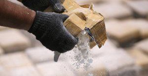 Κύκλωμα κοκαΐνης: Γιος πασίγνωστης αστρολόγου μπλεγμένος σε κύκλωμα ναρκωτικών | Pagenews.gr