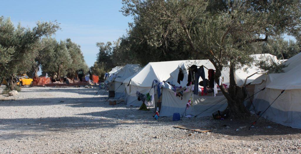 Μειώθηκαν οι πρόσφυγες και μετανάστες στις 44 δομές φιλοξενίας των Ενόπλων Δυνάμεων | Pagenews.gr