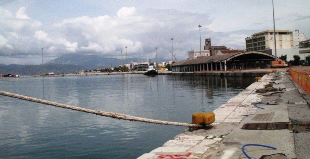 Ο τραυματισμός ενός μετανάστη η αιτία των άγριων επεισοδίων στην Πάτρα | Pagenews.gr